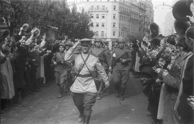 Освобождение Югославии Освобождение Греции Вторая мировая война  Освобождение Югославии Красная армия в Белграде
