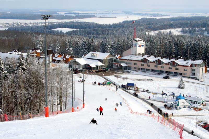 Панорама горнолыжного центра Силичи.  Горнолыжный центры Беларуси.