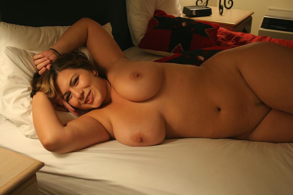 Смотреть эротические фото полненьких девушек