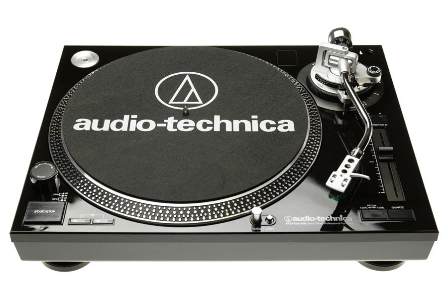 Проигрыватель виниловых пластинок Audio-Technica LP120-USB. фото.