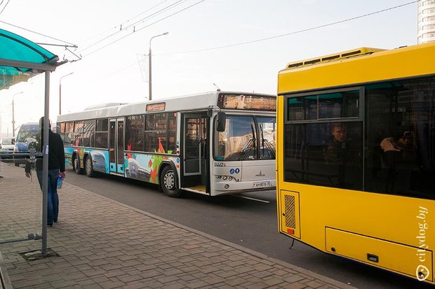 Аэропорт Минск-2. Как добраться до Аэропорта? Автобус в Аэропорт в Аэропорт. Фото