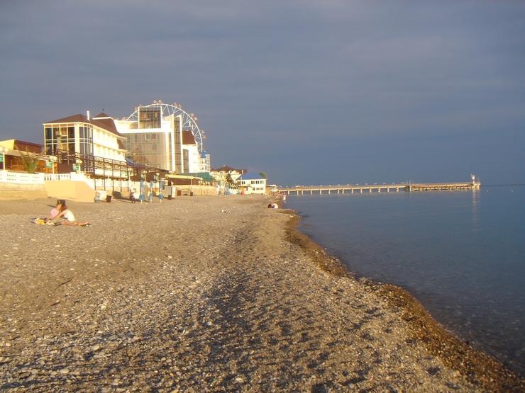 Фото лазаревское пляж девушки фото