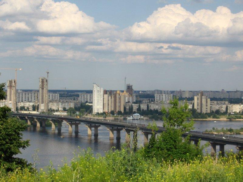 Мост Патона в Киеве. Река Днепр